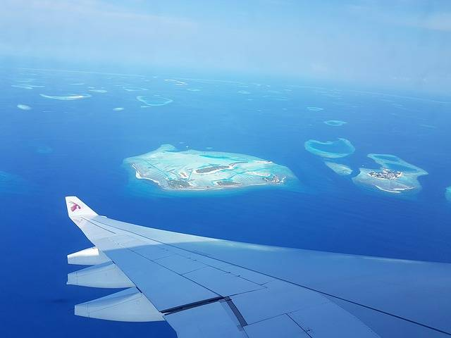 maldives-2299563_640.jpg