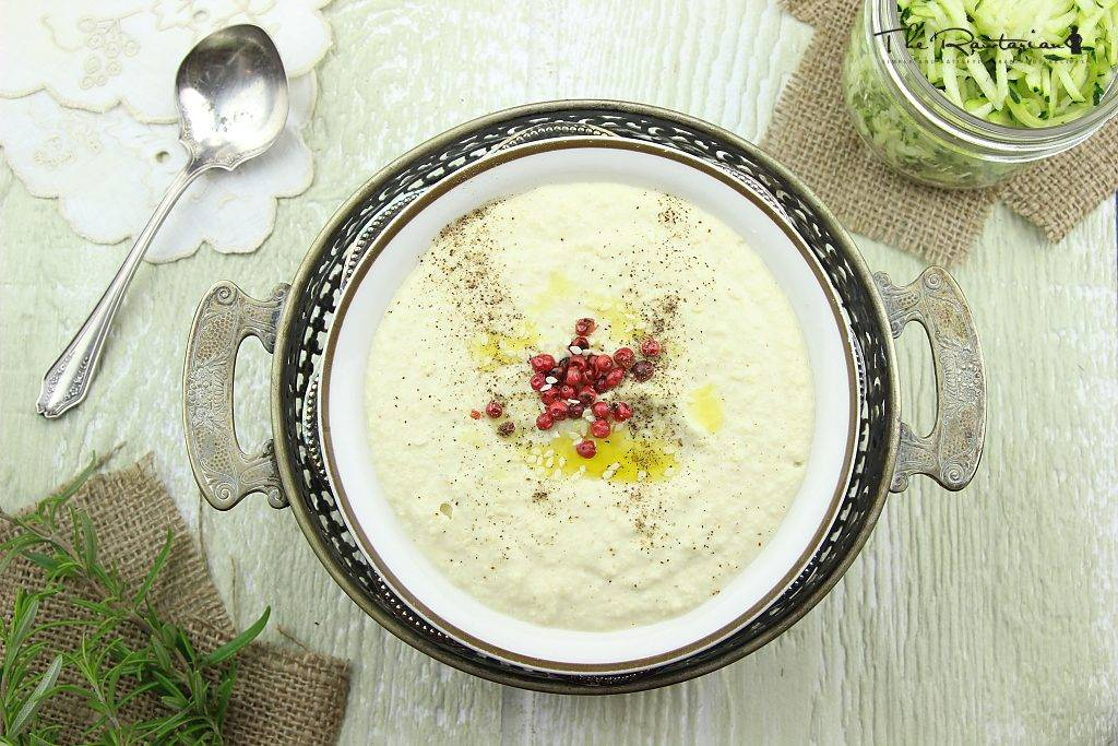 raw-chickpea-free-hummus-recipe-image-0.jpg