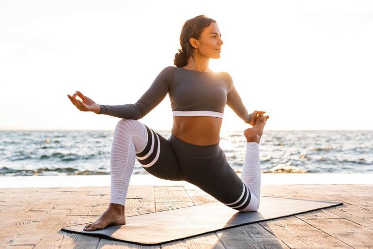 5 простых способов снова влюбиться в йогу